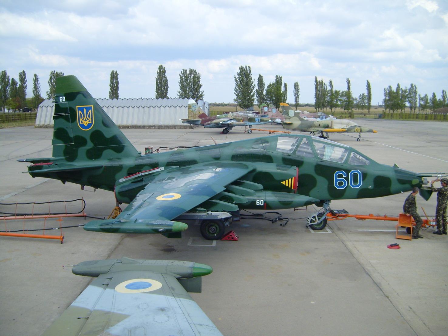 SU-25UB UCRANIA 60 NUEVO CAMO 1